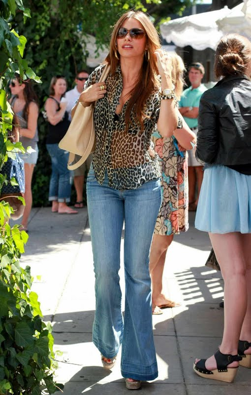 Sofia Vergara at Ivy Restaurant in Hollywood