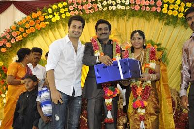 Director SP Hosimin Wedding Reception Pics release images
