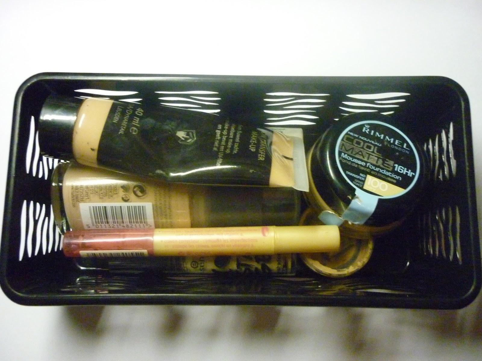 Make Up Kast : Bibeauty: stash: 2de lade make up kast