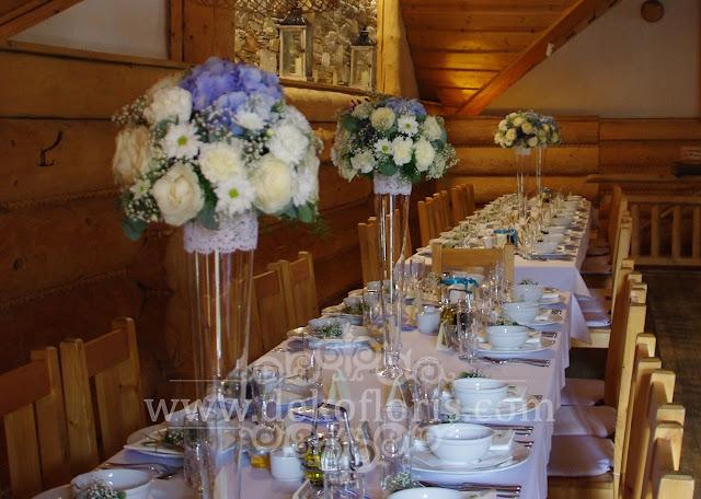 Niebieska dekoracja kwiatowa wesela opolskie