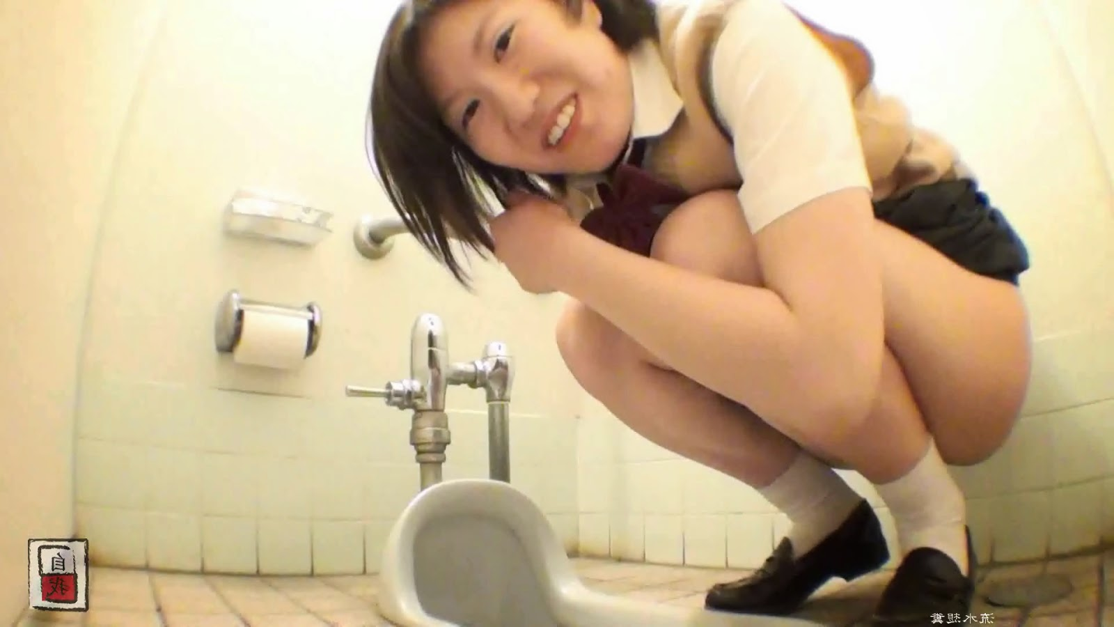 Seems girl pooping in japanese toilet