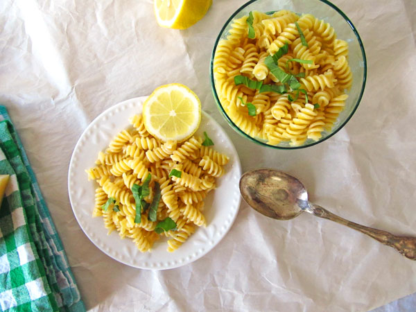 Easy Lemon Cream Pasta with Basil Garnish