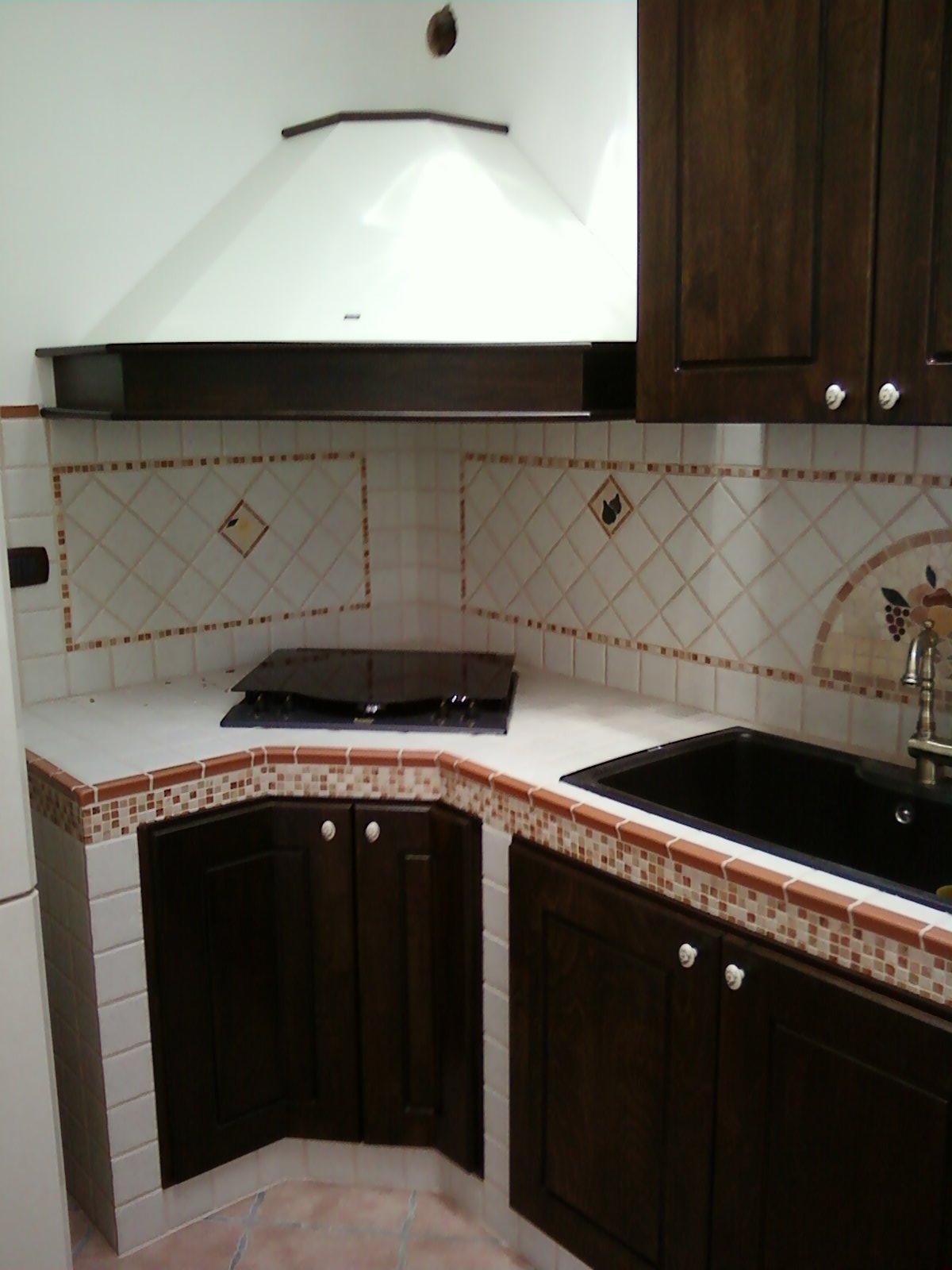 FAI DA TE HOBBY LEGNO: Cucina in muratura
