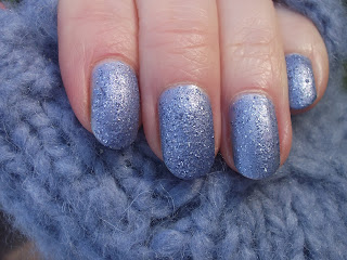 Nails Inspire Frosty Morning