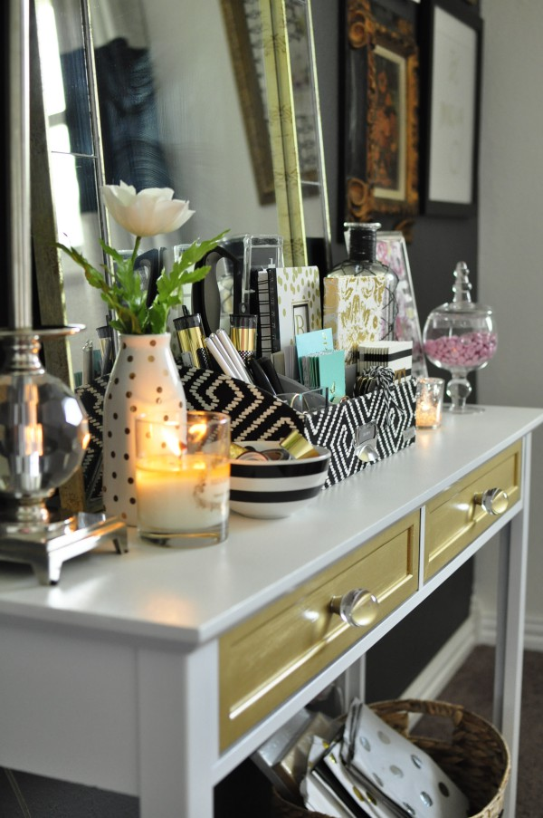 This Black, White U0026 Gold Home Office Is Filled With DIY Projects And  Inspiration That