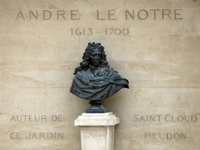 Bust of André Le Nôtre by Antoine Coysevox, Tuileries Garden, Paris