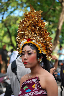 klungkung girls About bali and lombok, hotels in bali and lombok, maps, villas, travel, gili island and beach, balinese girls, bali subak is paddy field irrigation, etc the information on this site is provided for educational and entertainment purposes only.