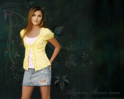 American Actress Alyson Stoner Wallpaper