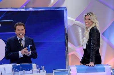 Silvio e Renata (Crédito: Lourival Ribeiro/SBT)