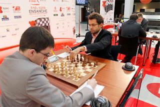 Maxime Vachier-Lagrave (2742) 0-1 Levon Aronian (2795) © Chessbase