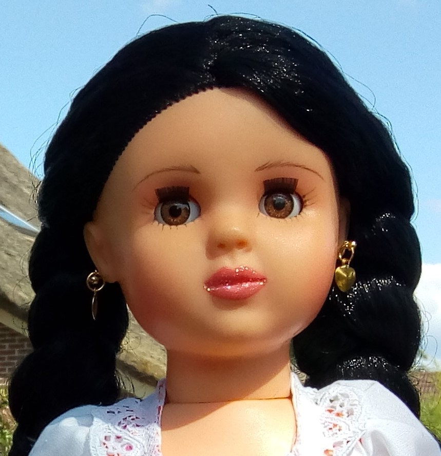Mónica-Eugenia