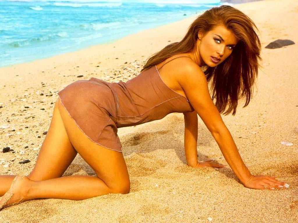 carmen electra video pics