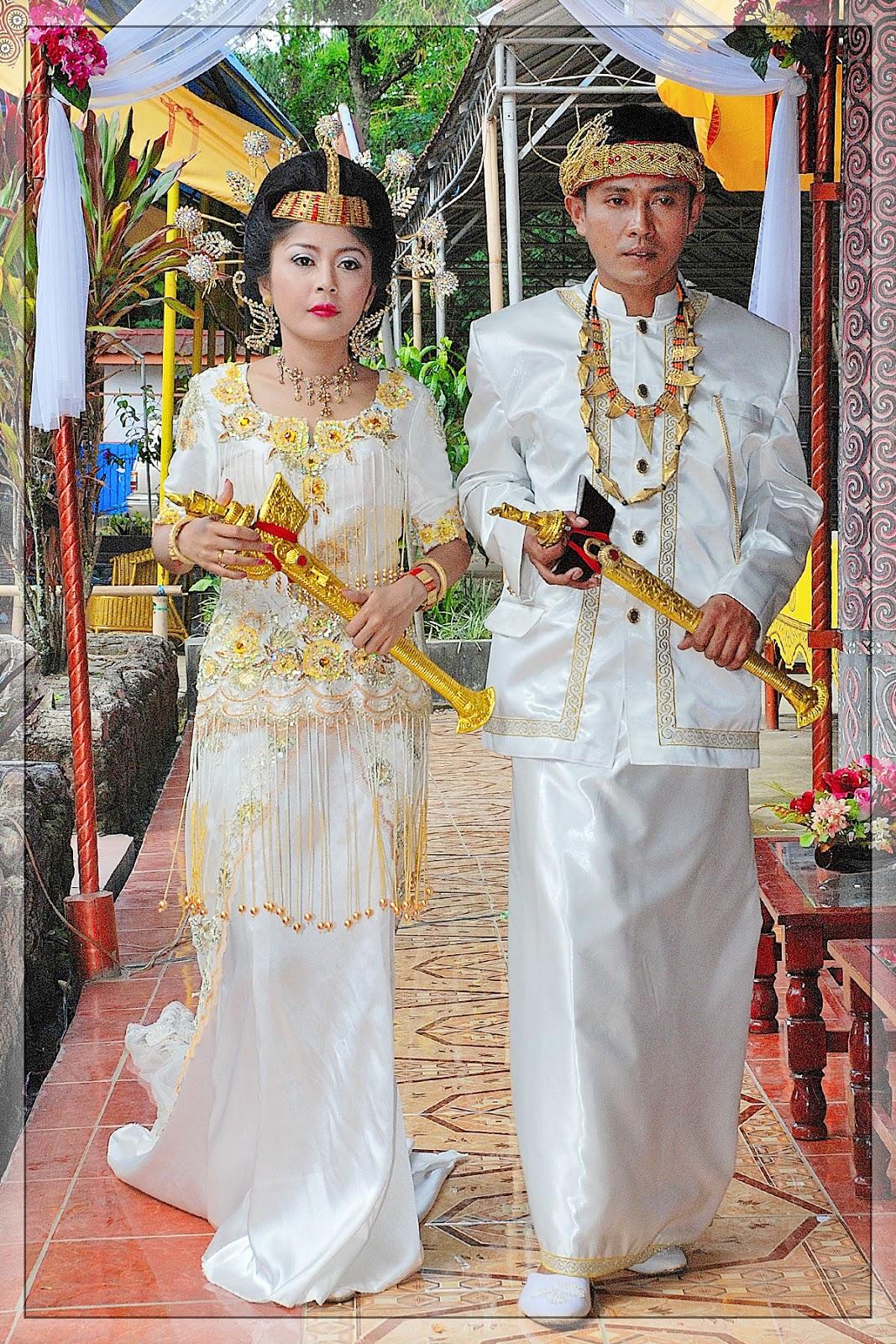 Baju Pernikahan Toraja: Janji Suci