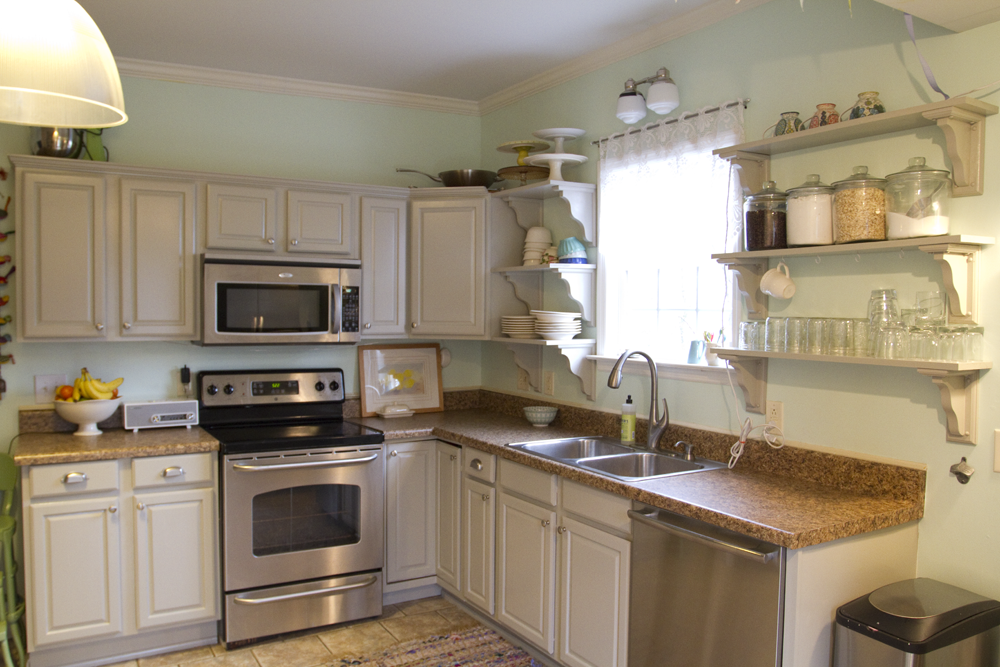 What I Learned From Painting My Kitchen Cabinets