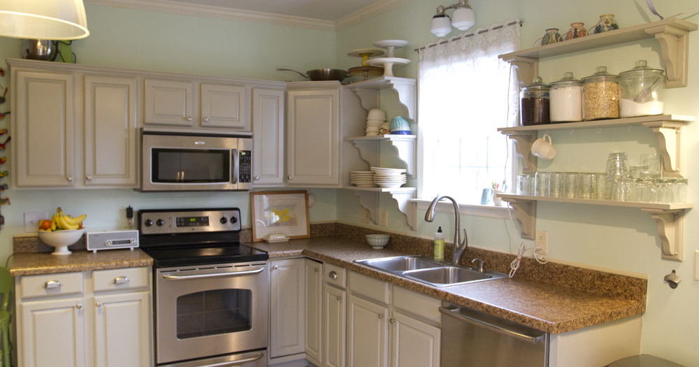 Painting My Kitchen Cabinets White