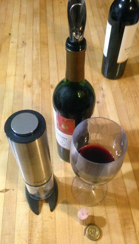 Ozeri Extravo Electric Wine Opener and wine