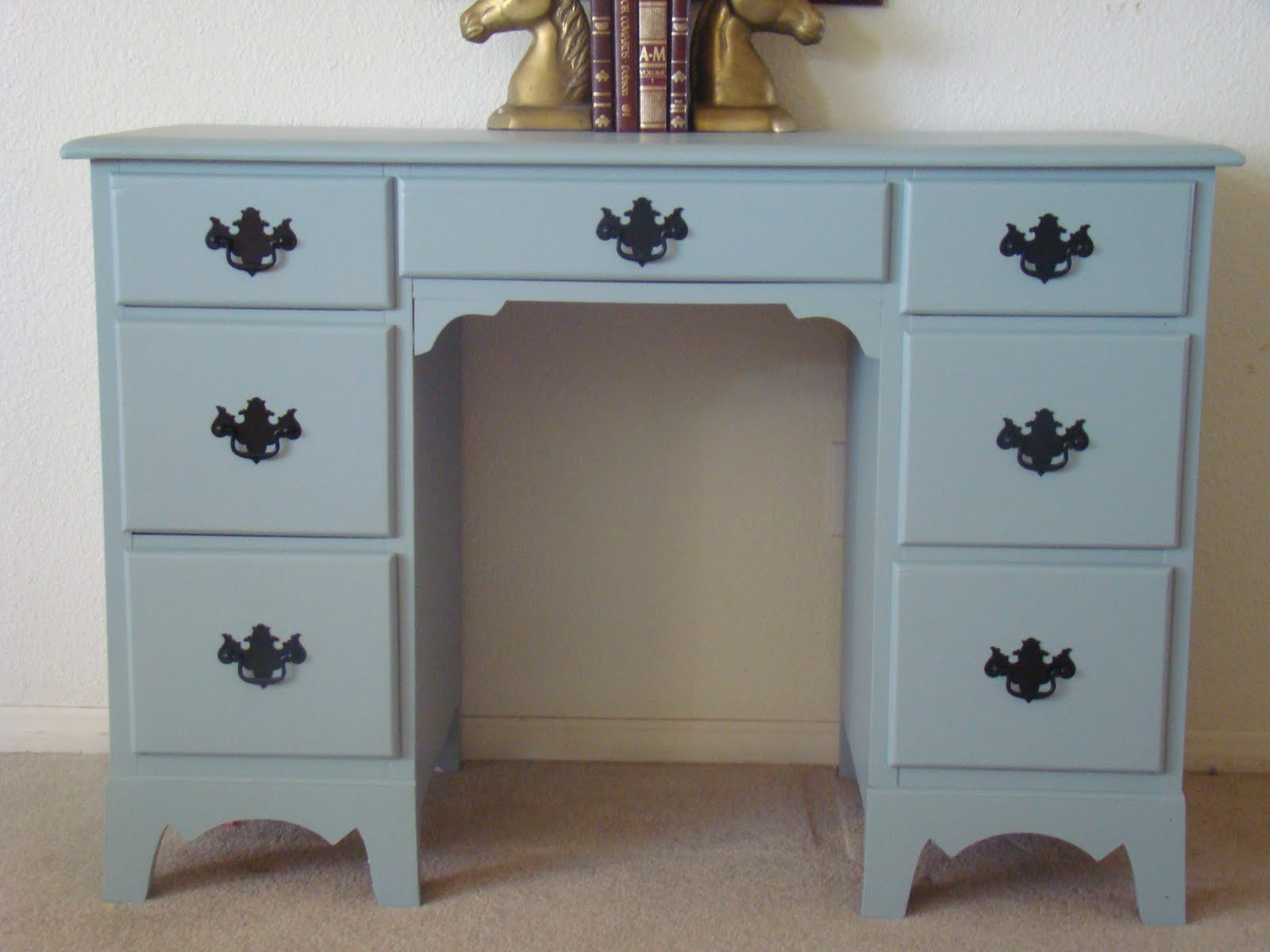 The Amaral Family: New hobbyrefinishing furniture! Shabby Chic