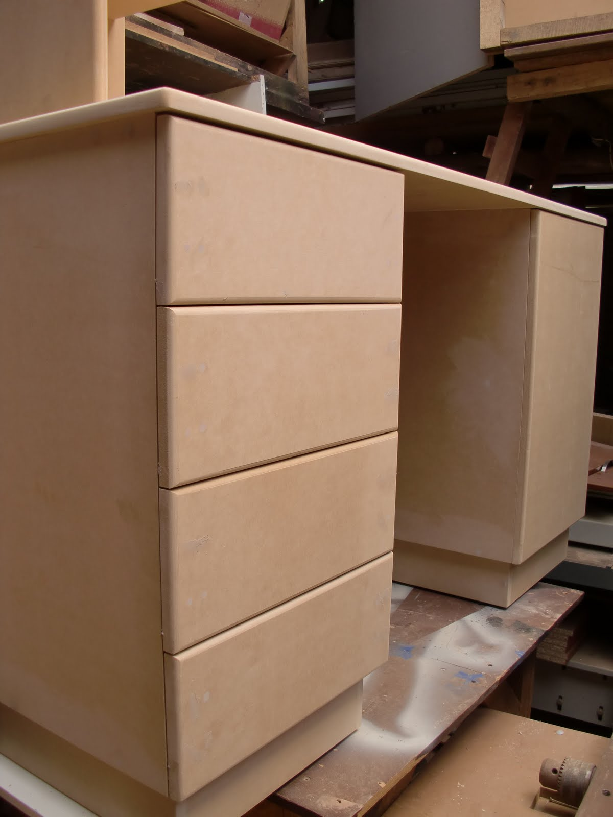 en este caso pintare un mueble, por ello usare este tipo de