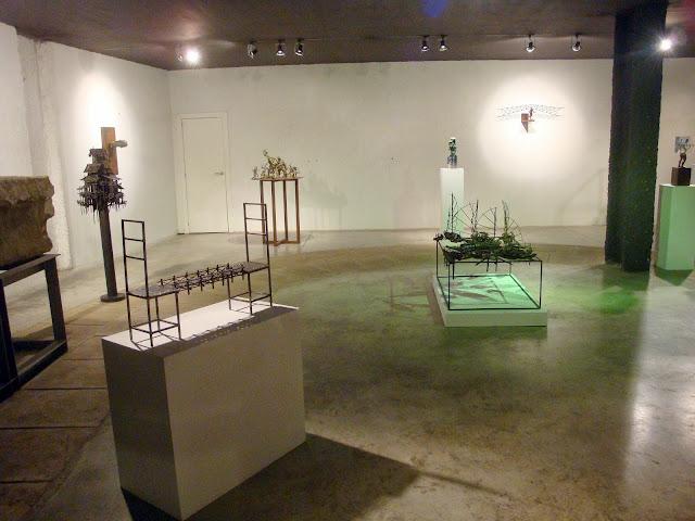 Opiniones y hechos presentacion en zaragoza del escultor for Adolfo dominguez zaragoza aragonia