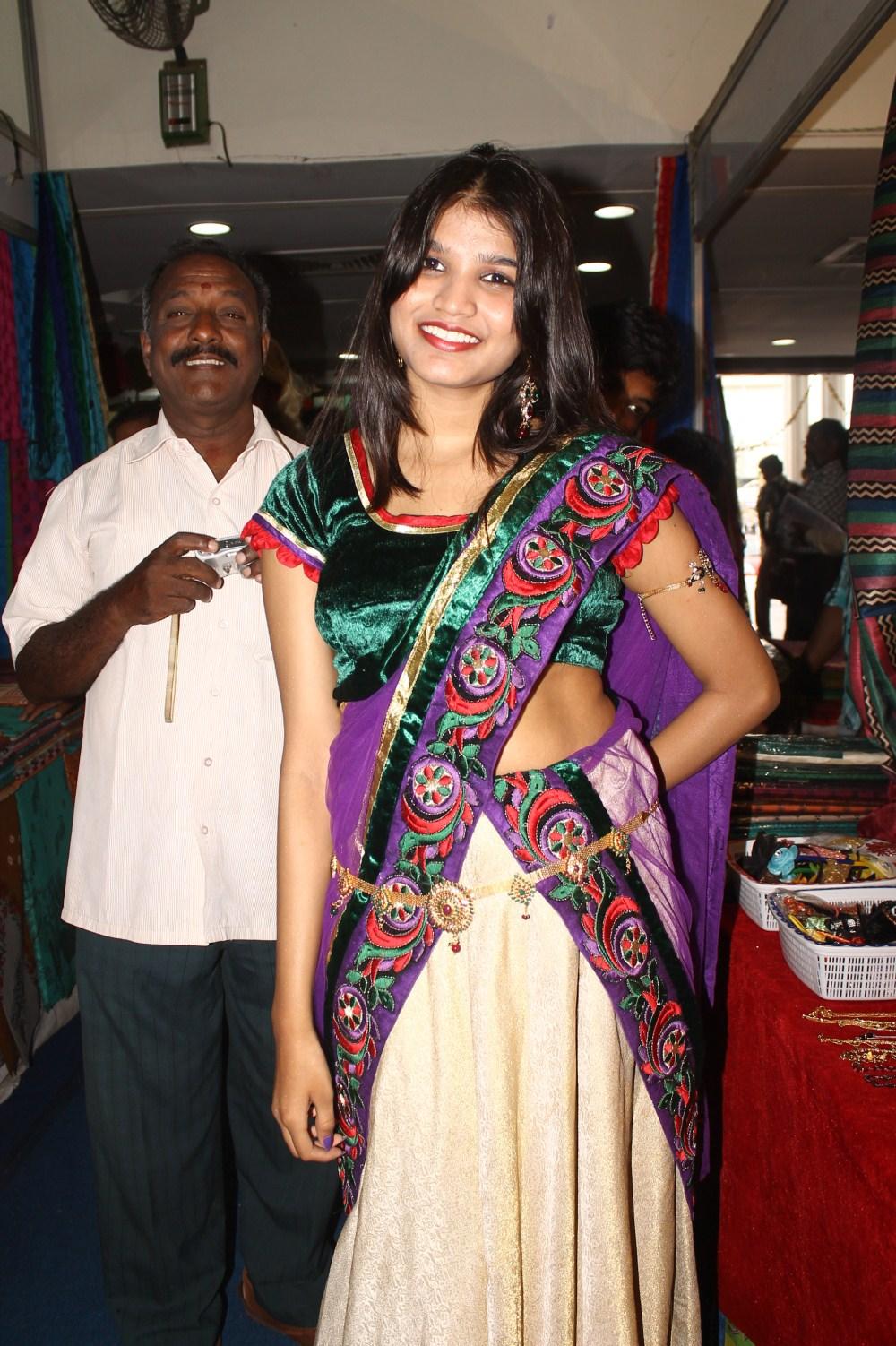 Beautiful Isha agarwal looking lovely at store latest pics