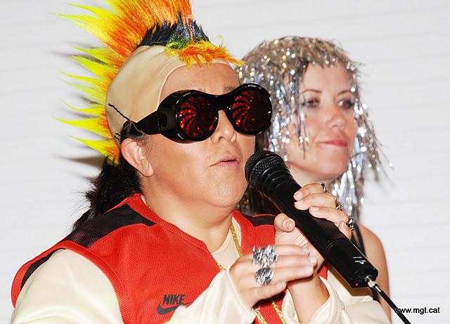 Mgt productions monta un karaoke en tu casa consejos - Karaoke en casa ...