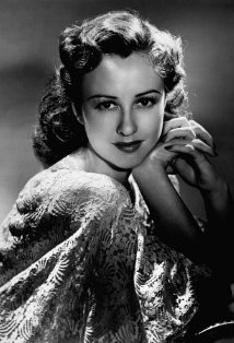 Vintage black and white photo of actress Margaret Lindsay