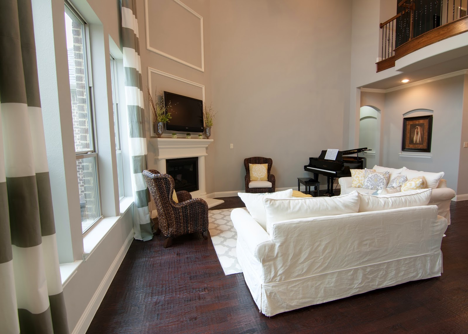 2 Story Great Room Decorating Ideas Part - 33: Decorating A Two Story Wall
