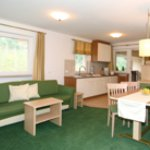 Ferienwohnungen im 4* Hotel Ritterhof in Schenna bei Meran