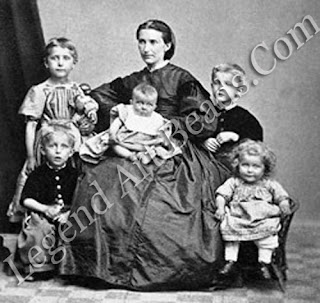 Edvard is here shown (standing, right) with his mother, brother and sisters. His happy childhood was irreparably disrupted by the premature deaths of his mother and favourite sister, Sophie.