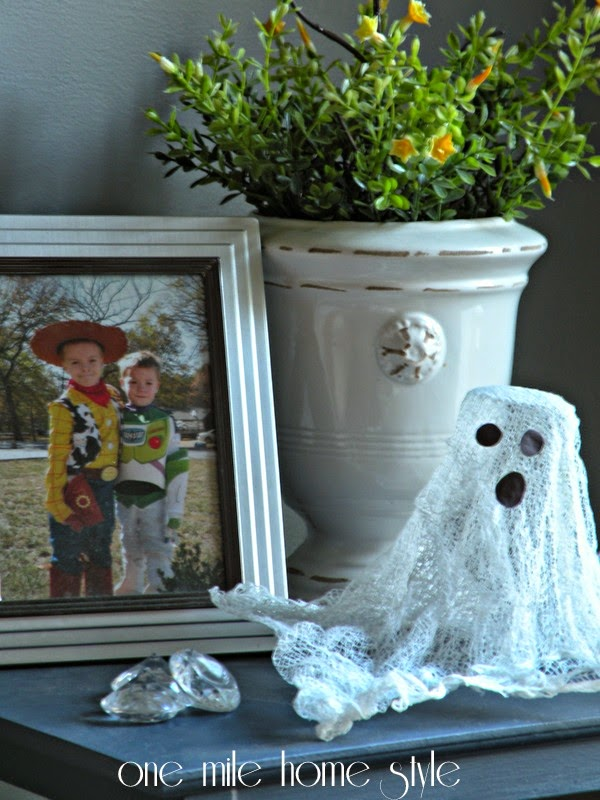 Cheesecloth ghost - Halloween decor