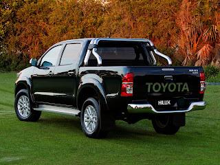 Toyota - Hilux 2011