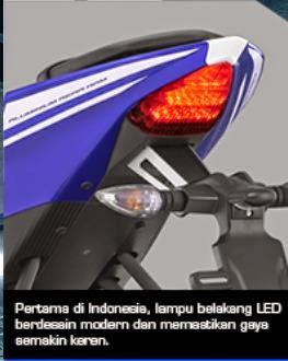 Tail Belakang dan lampu belakang yamaha R15