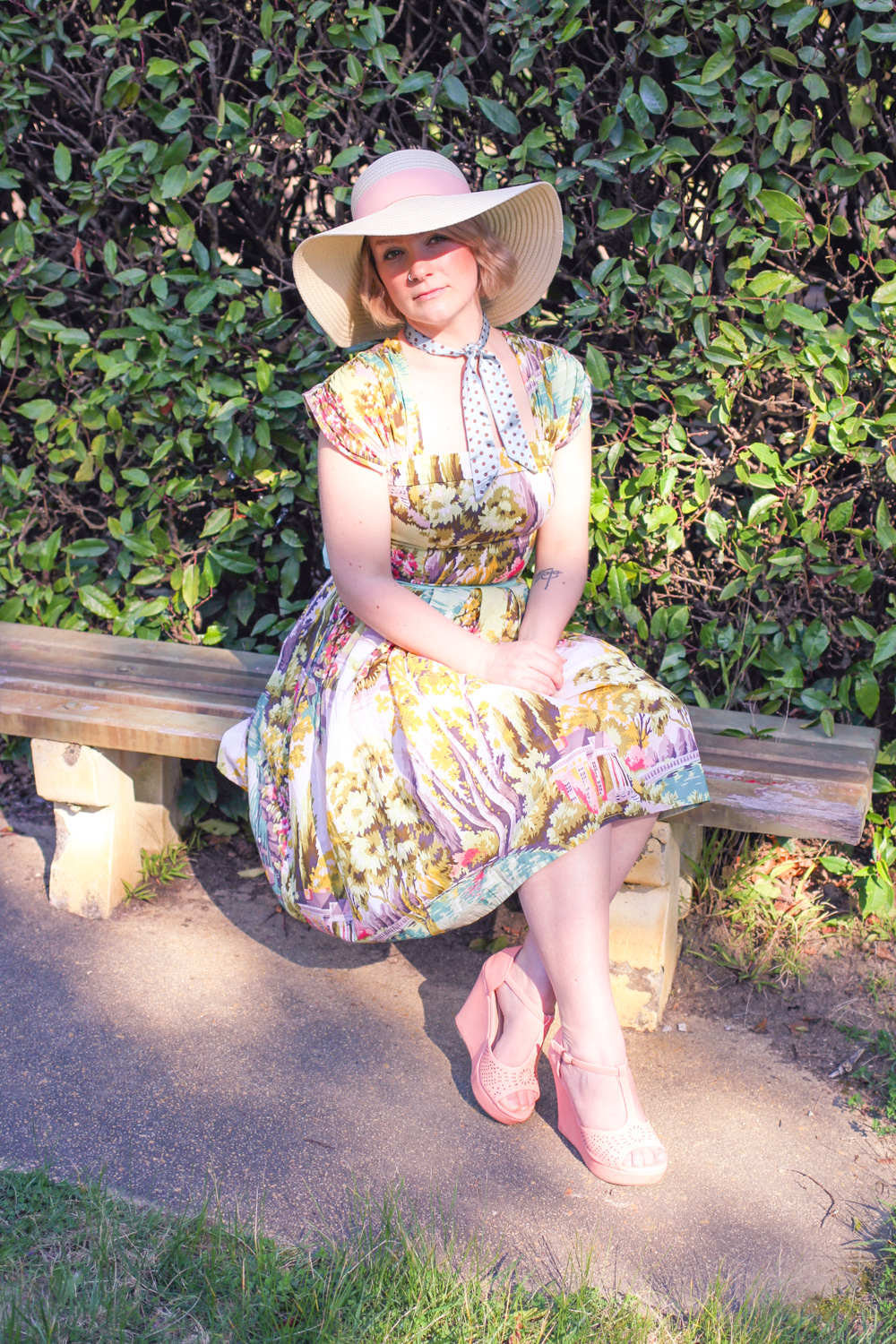 @findingfemme wear Lazy Bones dress, straw hat and Top Moda coral wedges.