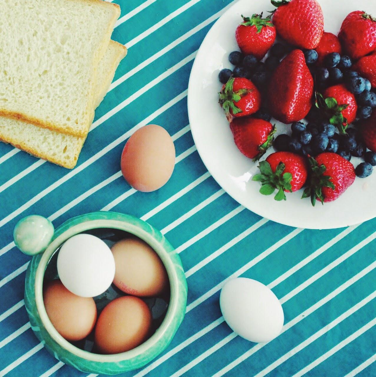 NAVKBRAR BLOG RECIPES: Strawberry shortcake french toast