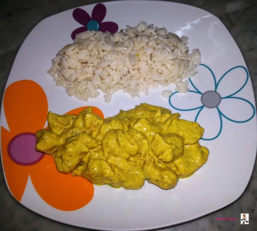 Pollo al curry con arroz blanco recetas de cocina - Comidas con arroz blanco ...
