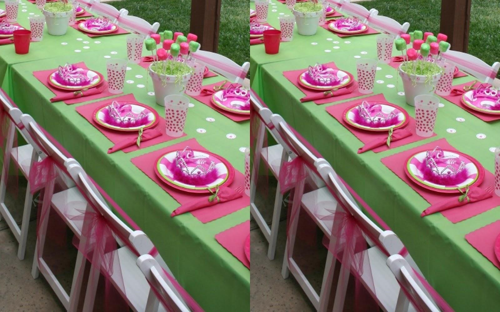 Fiestas con encanto una mesa de cumplea os en fucsia y verde for Decoracion de mesa de cumpleanos