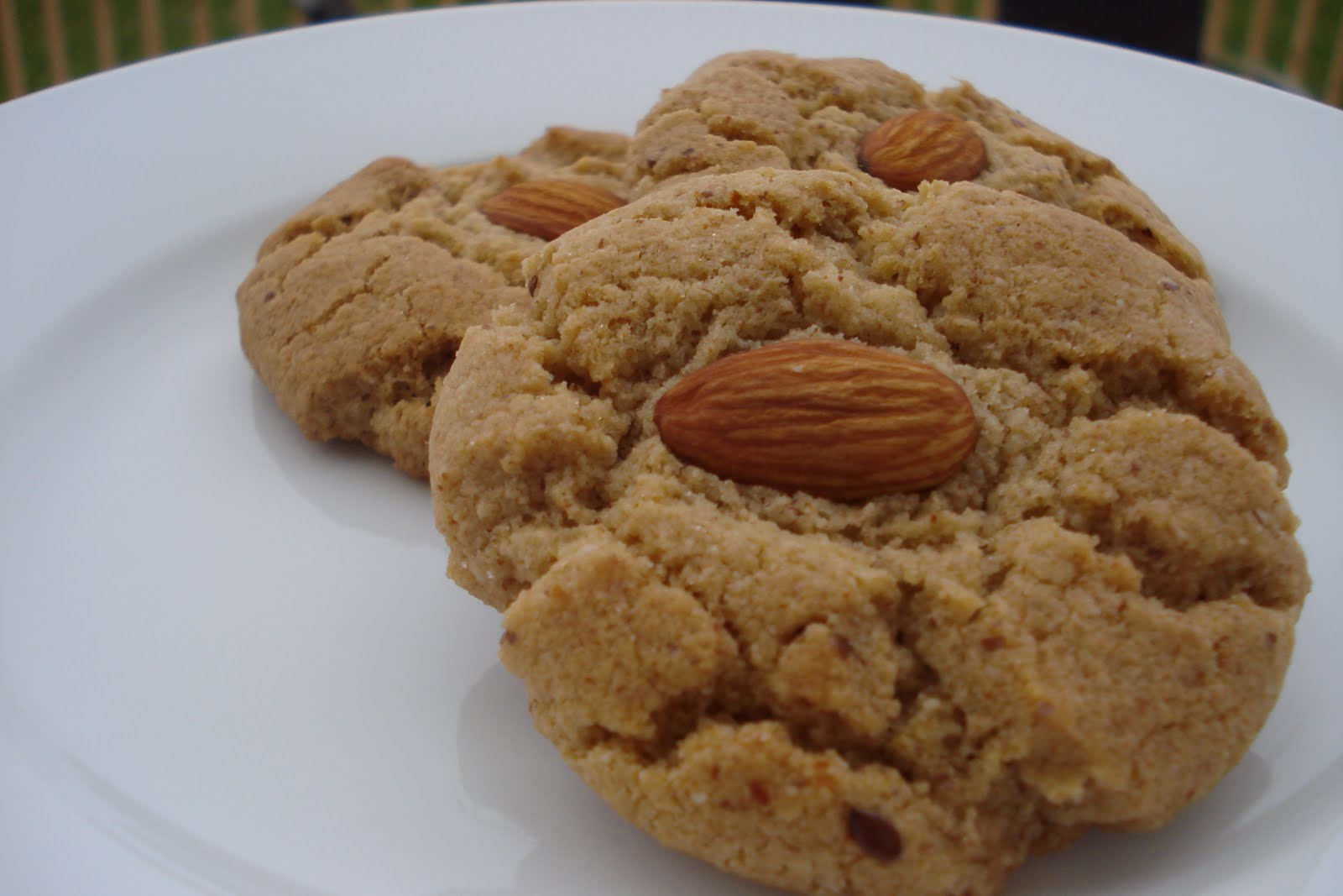 Great Blog Food, Made BETTER: Almond Butter Cookies
