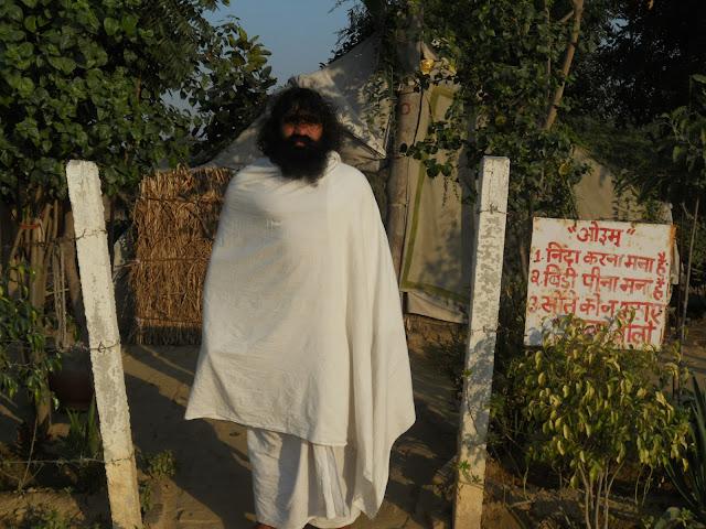 Maha yogi raj swami hansanand saraswati indian yogi raj in deep