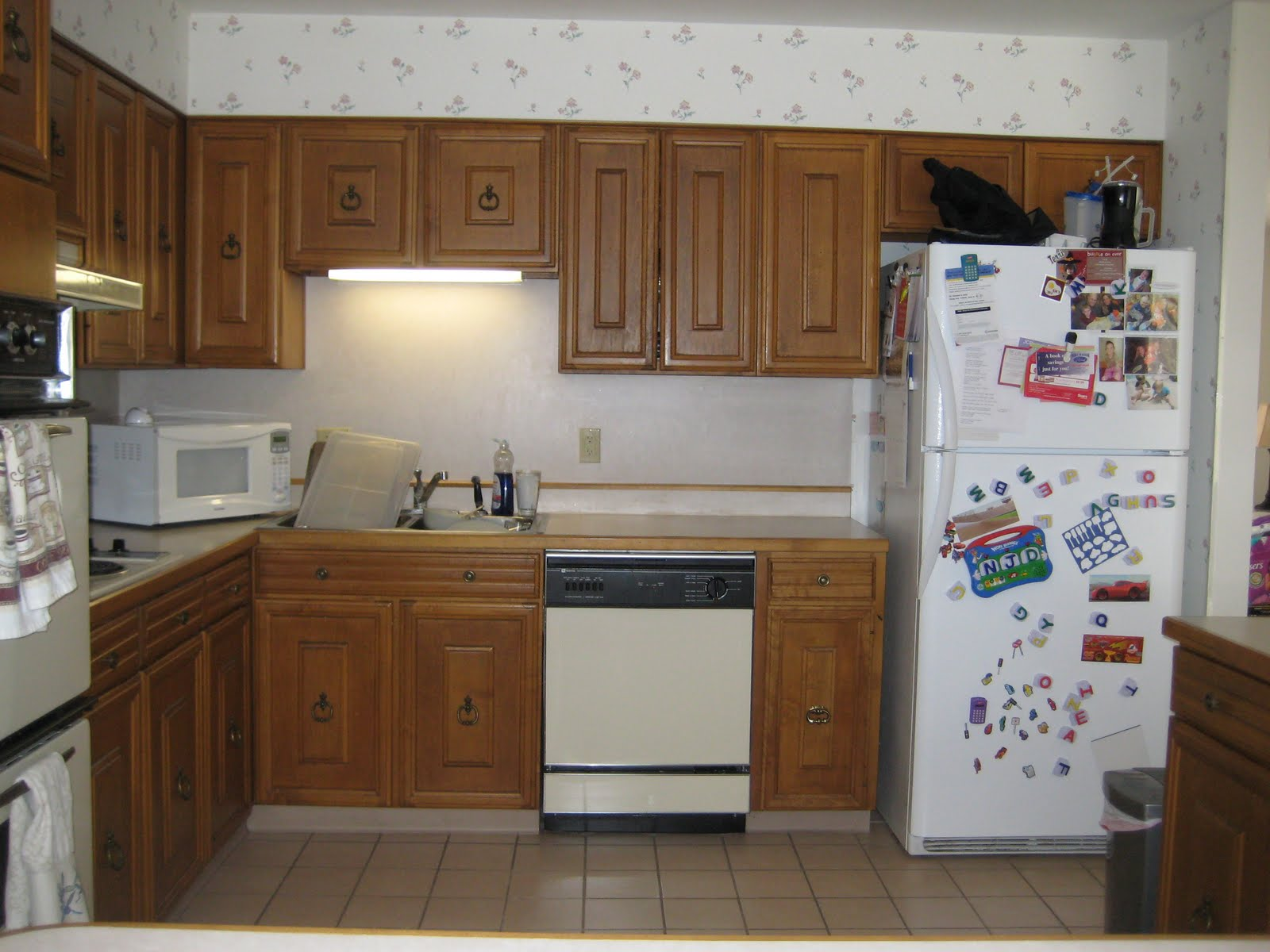 Obssesed with design the original kitchen circa 1967 with 80 39 s upgrades for Upgraded kitchen ideas
