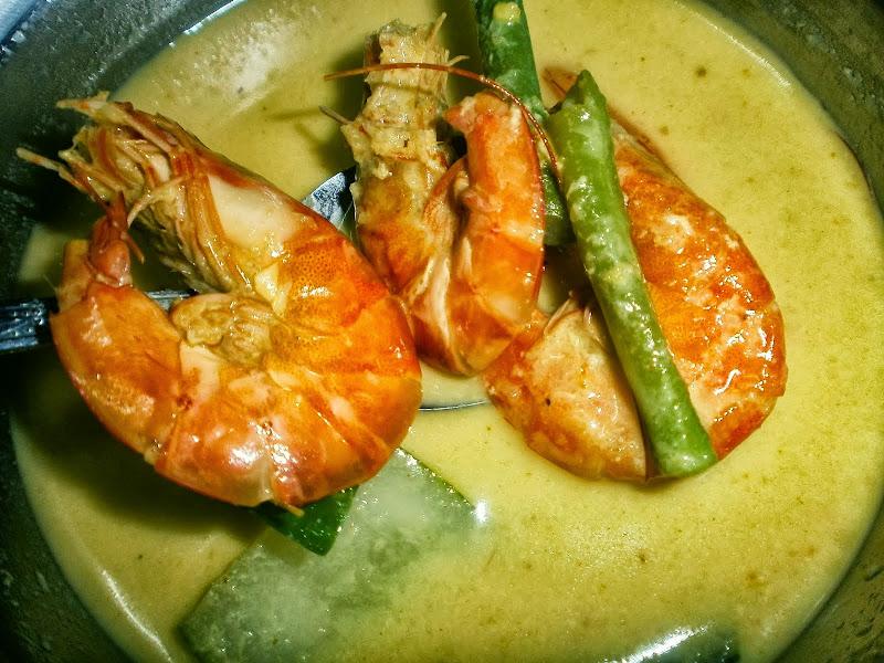blog masakan, cara nak buat, cara nak buat gulai udang, gulai kuning udang, gulai udang, gulai udang yang sedap, makanan, resepi, tips,
