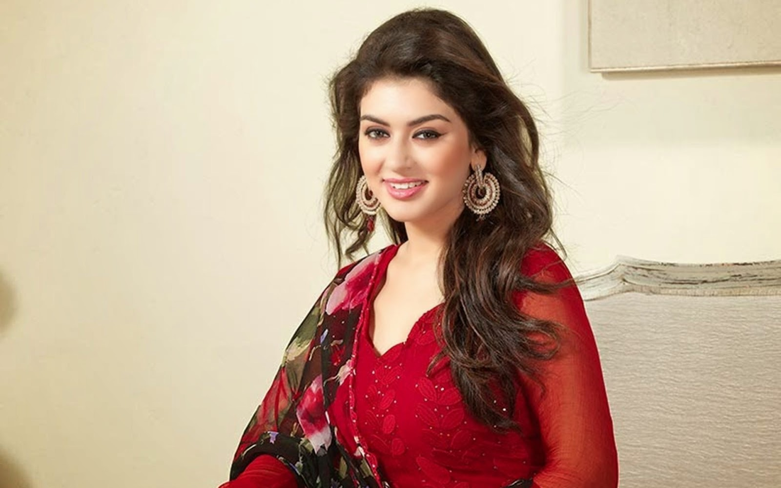 free stars wallpaper: hansika motwani hd wallpaper