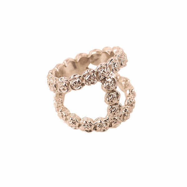 http://smithgrey.co.uk/collections/all-collections-for-her/products/35-tiny-roses-rose-gold-plated-silver
