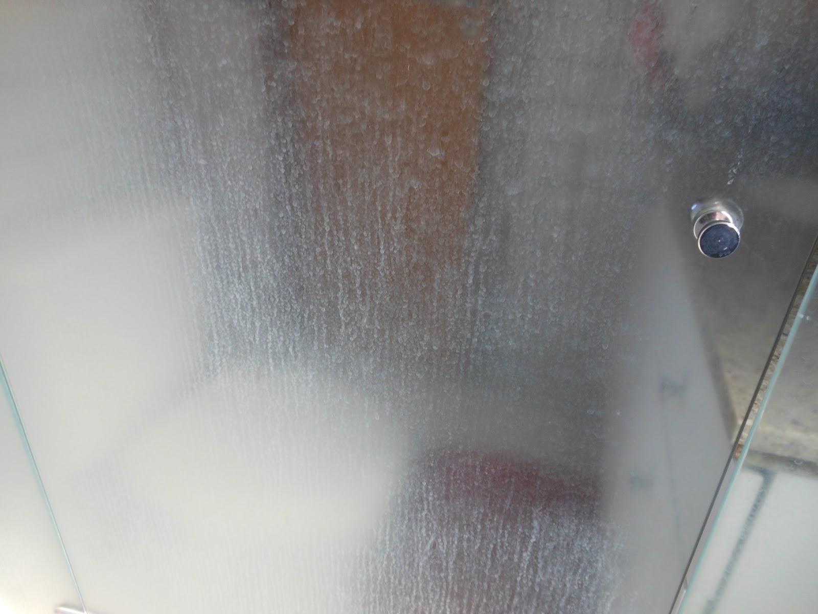 Ruim né????? Um horror Estava ficando chateada kkkkkkkk #655046 1600x1200 Banheiro Branco Como Limpar