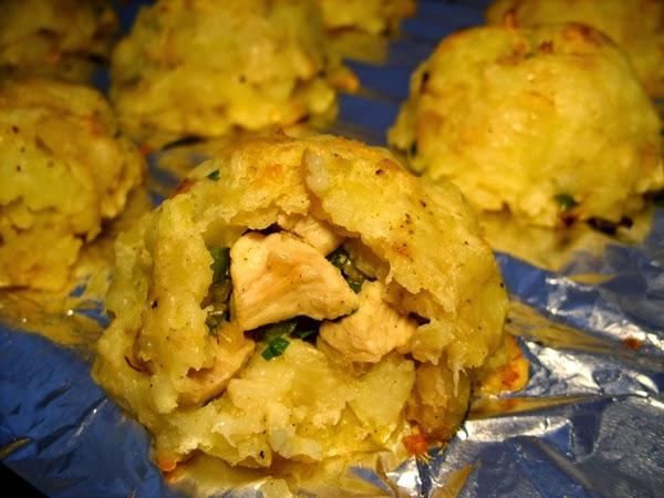 Recette des pommes de terre écrasés farcis au poulet
