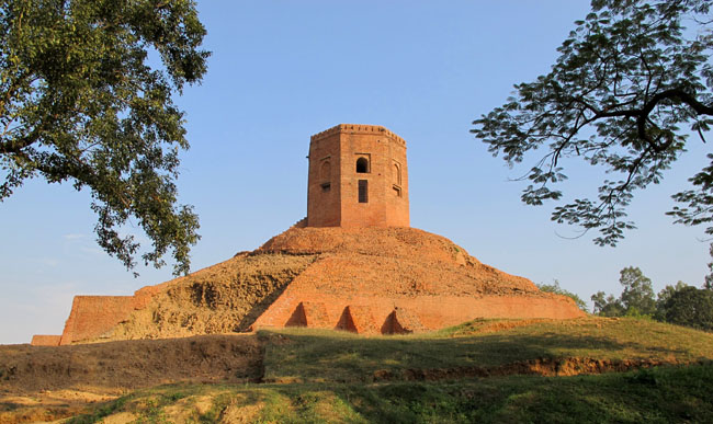 Chaukhandi Stupa at Sarnath