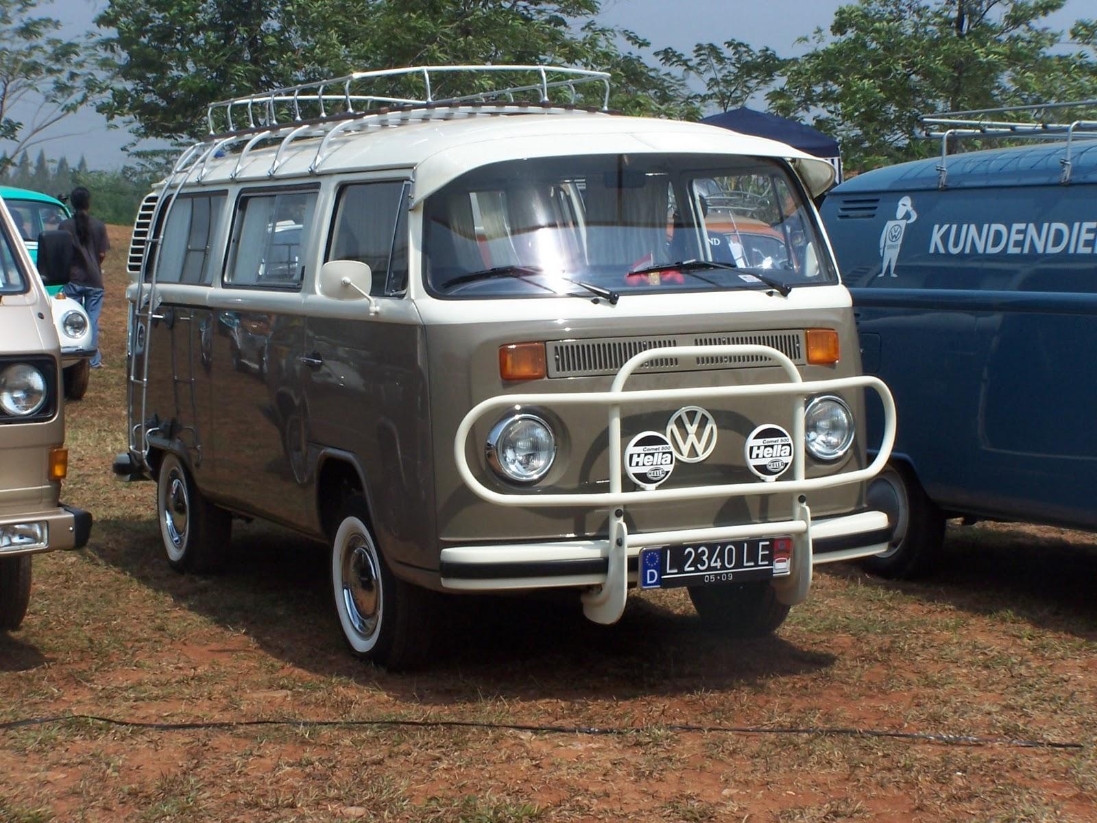 vintage volkswagen indonesia volkswagen type 2 bus transporter kombi van early bay window. Black Bedroom Furniture Sets. Home Design Ideas