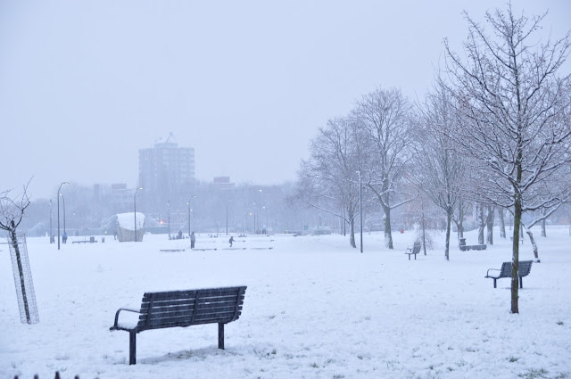 London snow at Hackney Shoreditch Park
