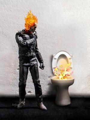 Ghost Rider saja bingung sama hasil buangannya. (boredpanda.com)