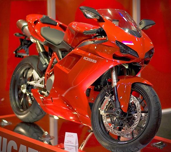 Ducati 999r Sports Used Bike HD Images