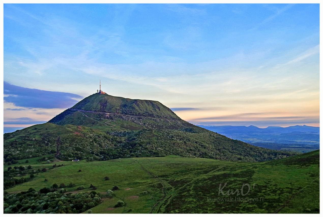 Le blog photos de kuro 39 ascension du puy du pariou 2 - Puy de lumiere ...